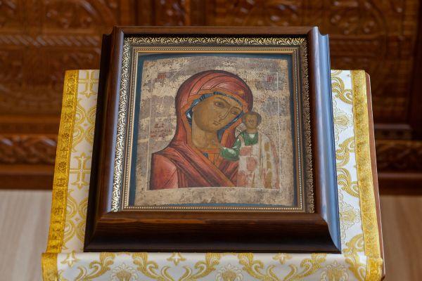 Икона Казанской иконы Божией Матери