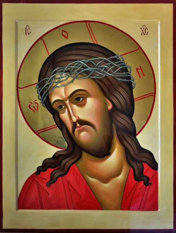 Икона Спасителя в терновом венце,  находится в иконостасе храма