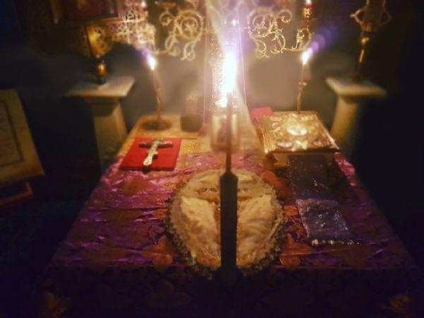 Свеча в Алтарь, восковая (только №100)