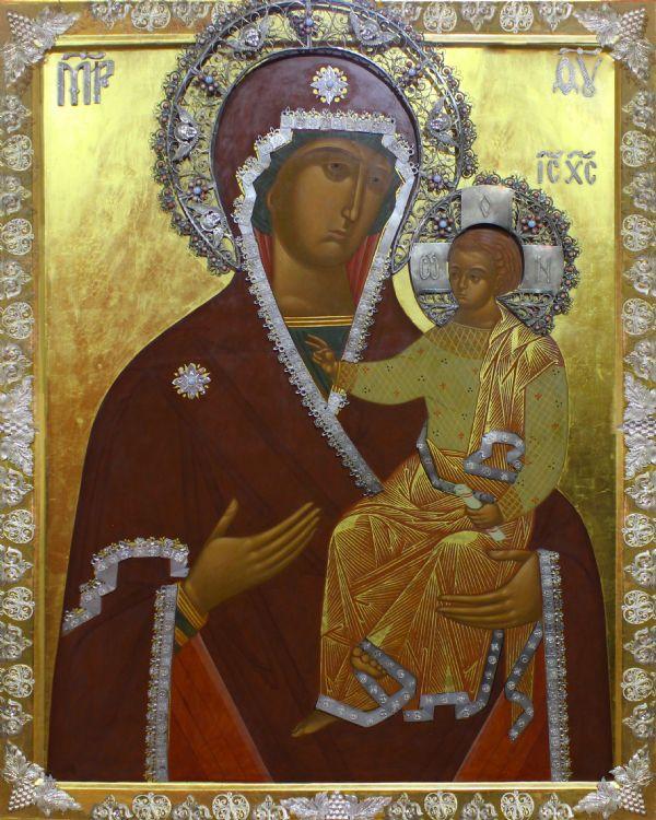 Храмовая икона-Смоленской Божией Матери